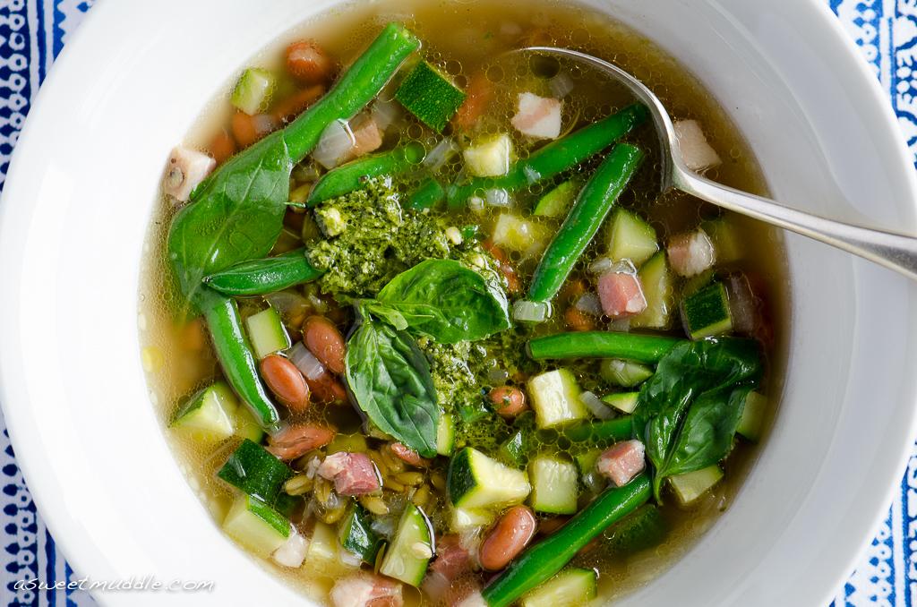 Zucchini & freekeh soup
