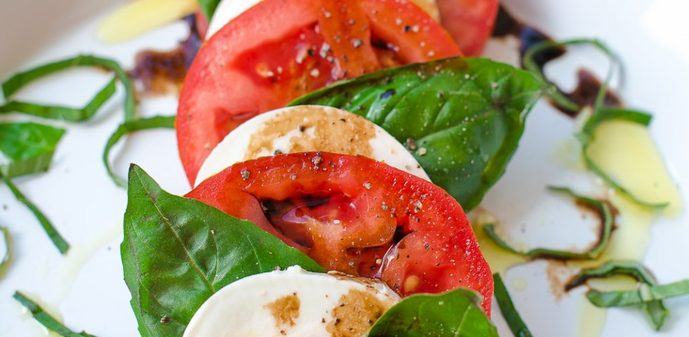Rustic caprese salad | A Sweet Muddle