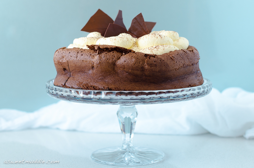 Chocolate cloud cake | A Sweet Muddle