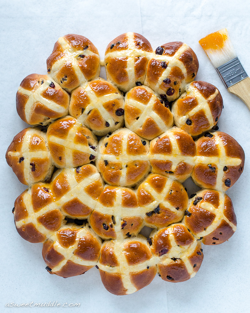 Hot cross buns | A Sweet Muddle